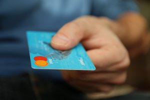 食材宅配でクレジットカードは使えるの?