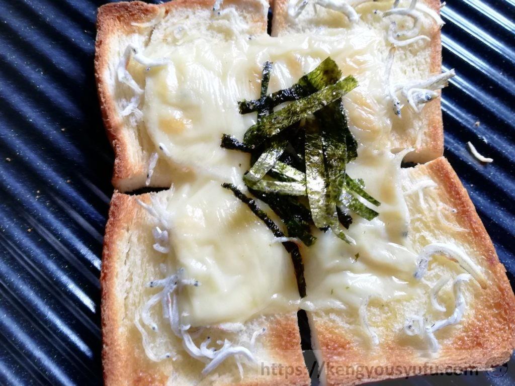 食材宅配コープデリで購入した「有明海産焼のり」を使って作ったしらすトースト