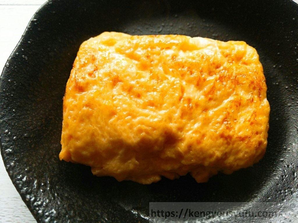 ふっくらいなりあげの残り汁を卵に混ぜて焼いてみた