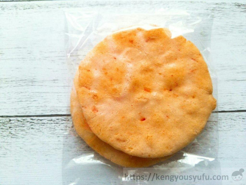 食材宅配コープデリで購入した「サラダせんべいえび味」小袋の画像