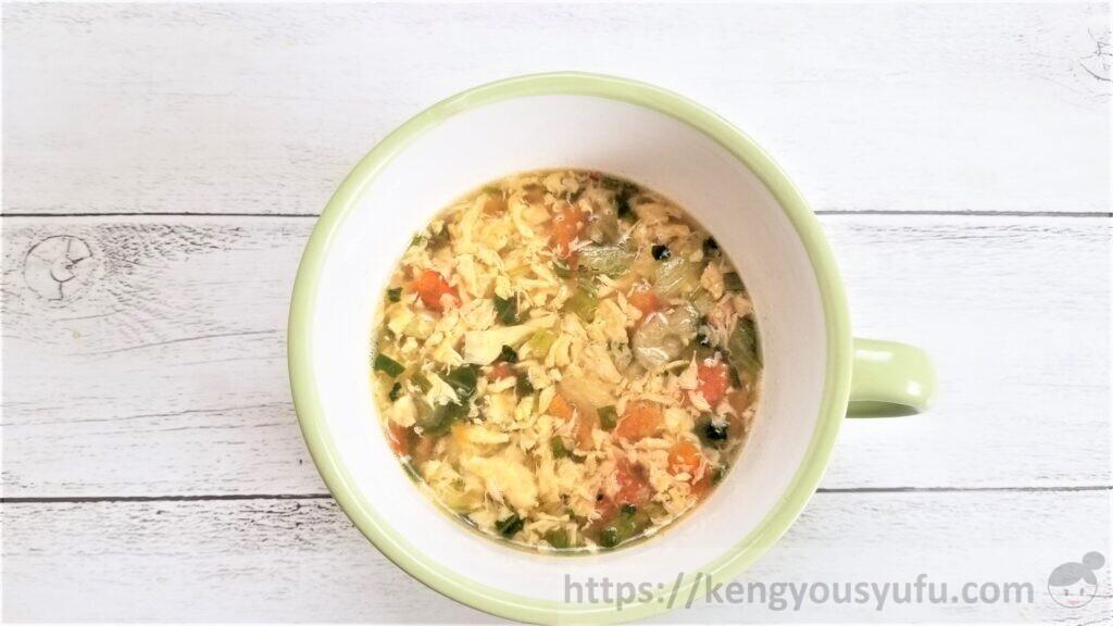 食材宅配コープデリで購入した「トマトが入ったたまごスープ」お湯を入れてみた