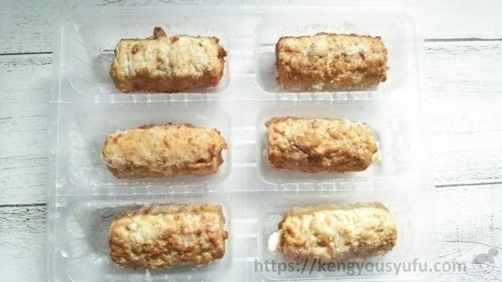 食材宅配コープデリで買ったお弁当用冷凍食品 肉巻きチーズ 凍ったままの画像