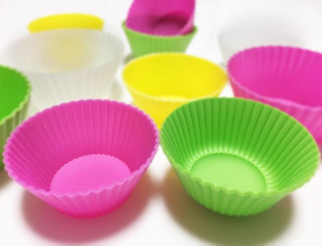 コープ「カップ入りエビグラタン」小さい入れ物においしさが濃縮されている!