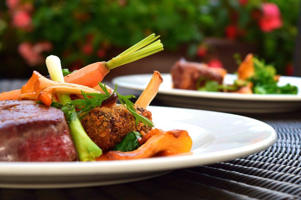 パルシステム「産直豚ロースステーキ用(厚切り)」肉の甘味がすごい!