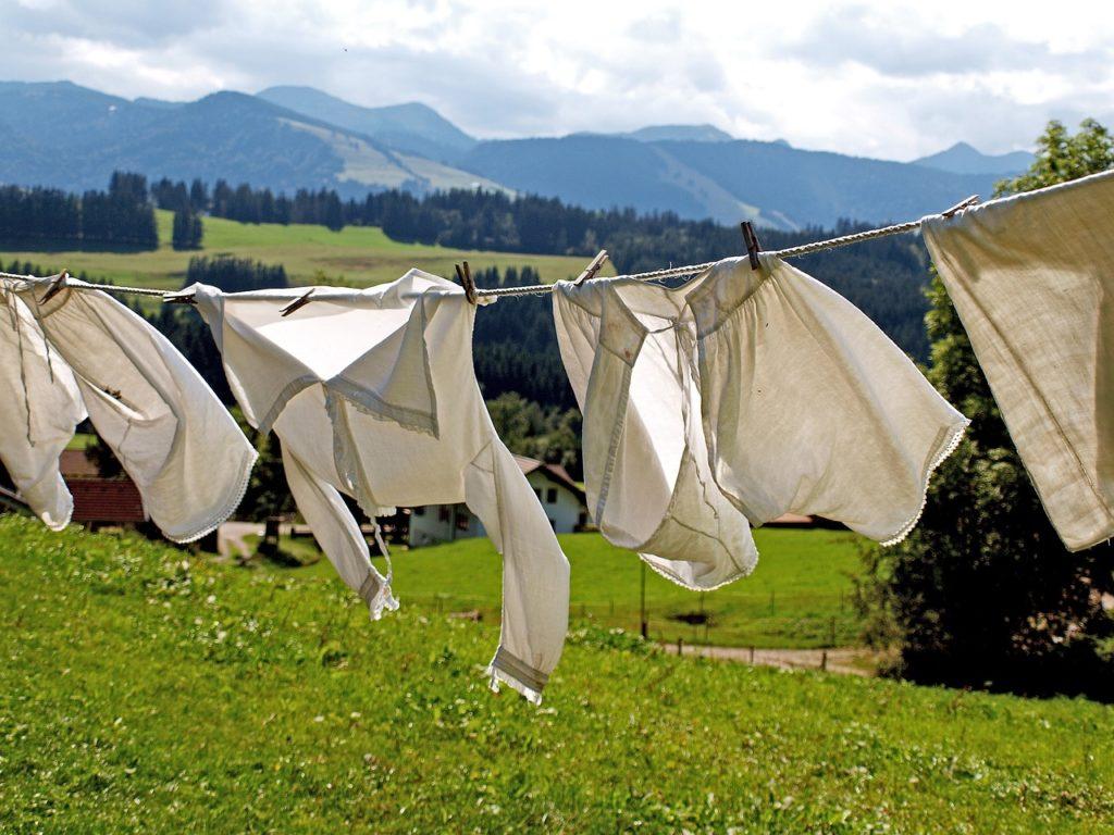 パルシステム「やっぱり石けん!」石鹸初心者にもおすすめ!洗濯している画像
