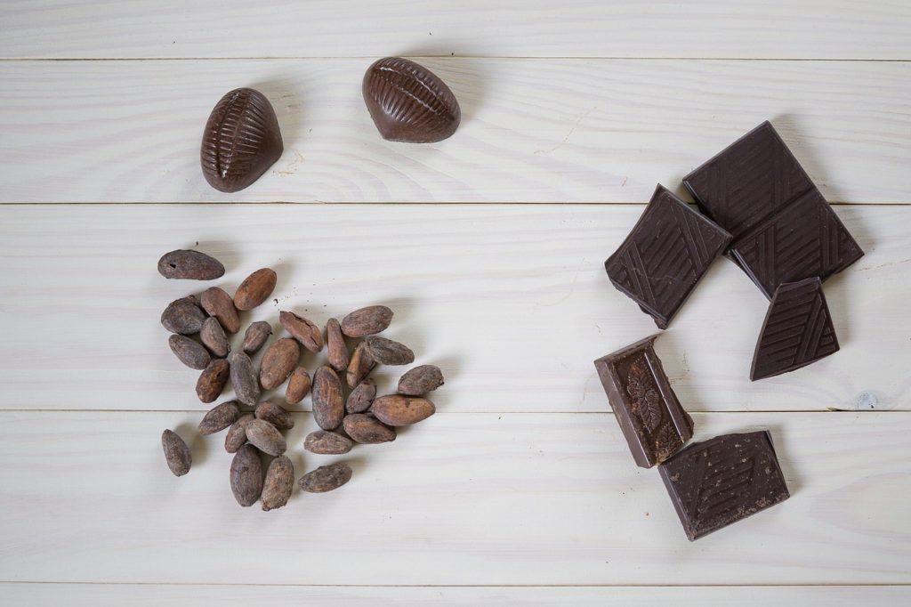 パルシステム「産直玄米のパフチョコ」一口サイズで食べやすい!
